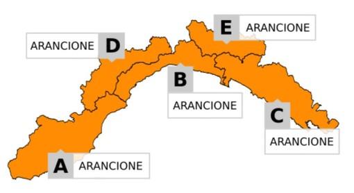Forti piogge in arrivo, scatta l'allerta arancione dalla mezzanotte. Via libera per il derby di Coppa tra Sanremese e Savona