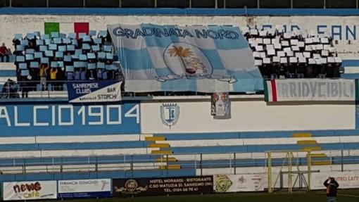 Calcio, Serie D. La Gradinata Nord Sanremo organizza un pullman per la trasferta a Forte dei Marmi