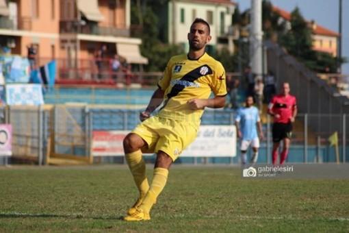 Francesco Virdis in azione con la maglia del Savona (foto Gabriele Siri)