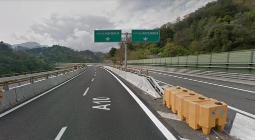 Entro le ore 12 riapre circolazione su tratta A26: una corsia per ogni senso di marcia