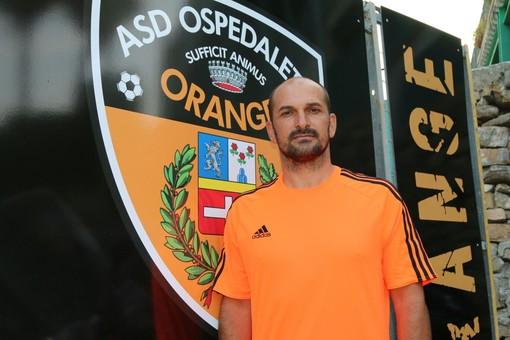 Alfredo Cariello in uscita dall'Ospedaletti è l'obiettivo per il centrocampo del Camporosso