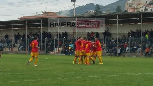 Calcio, Promozione. Arenzano-Taggia 1-4: inizio con il botto per i giallorossi