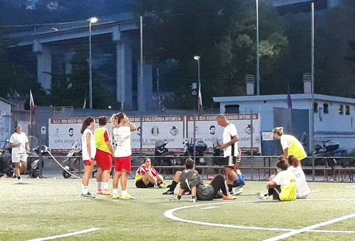 Calcio femminile. Le ragazze del Don Bosco Valle Intemelia tornano in campo