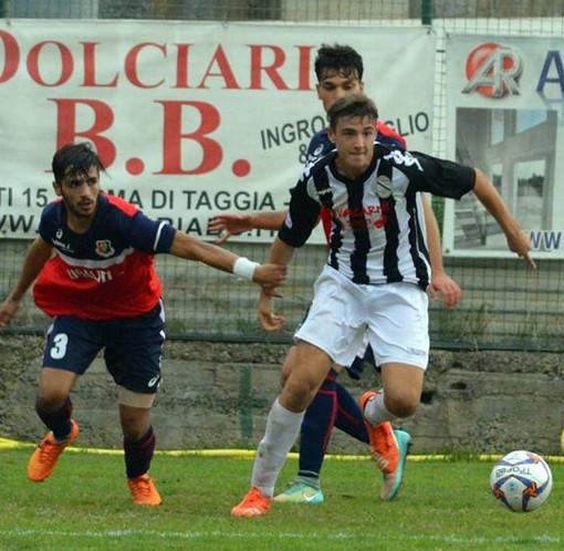 Luca Colantonio, ex centrocampista di Argentina Arma e Sanremese, quest'anno in forza al Fiorenzuola