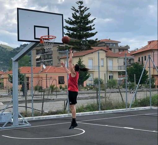 Ventimiglia: aperto il playground 'Nervia basketball court', intanto è ripresa l'attività della palla a spicchi (Foto)