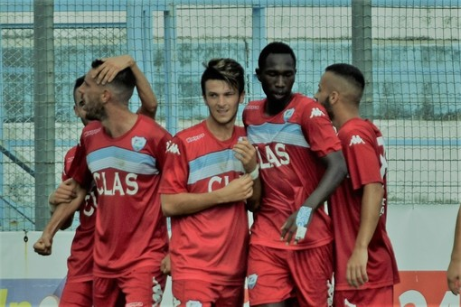 Calcio, Serie D. Sanremese-Folgore Caratese 1-1: gli highlights del match (VIDEO)
