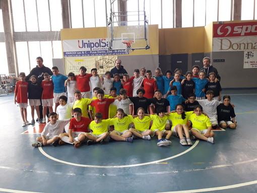 Imperia: grande partecipazione sabato scorso alla 'Maggi' per la fase provinciale di basket del 'Trofeo Ravano' (Foto)