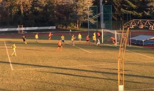 Calcio, Cairese - Ospedaletti: ecco le reti di Facello e Latella (VIDEO)
