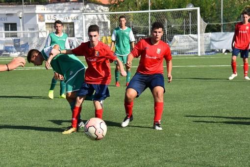 Calcio giovanile. Allievi Under 17: riviviamo il Dianese&Golfo-Praese negli highlights del match (VIDEO)