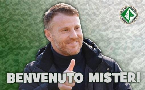 Calcio. Esordio in Serie B per Michele Marcolini, l'allenatore savonese allenerà l'Avellino