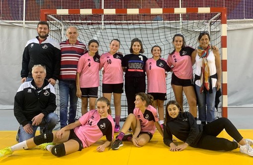 La formazione under 15 femminile della Riviera Handball