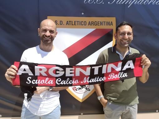 L'imprenditore Alessio Regina con Denis Settime, Direttore Sportivo dell'Atletico Argentina (foto ASD Atletico Argentina)